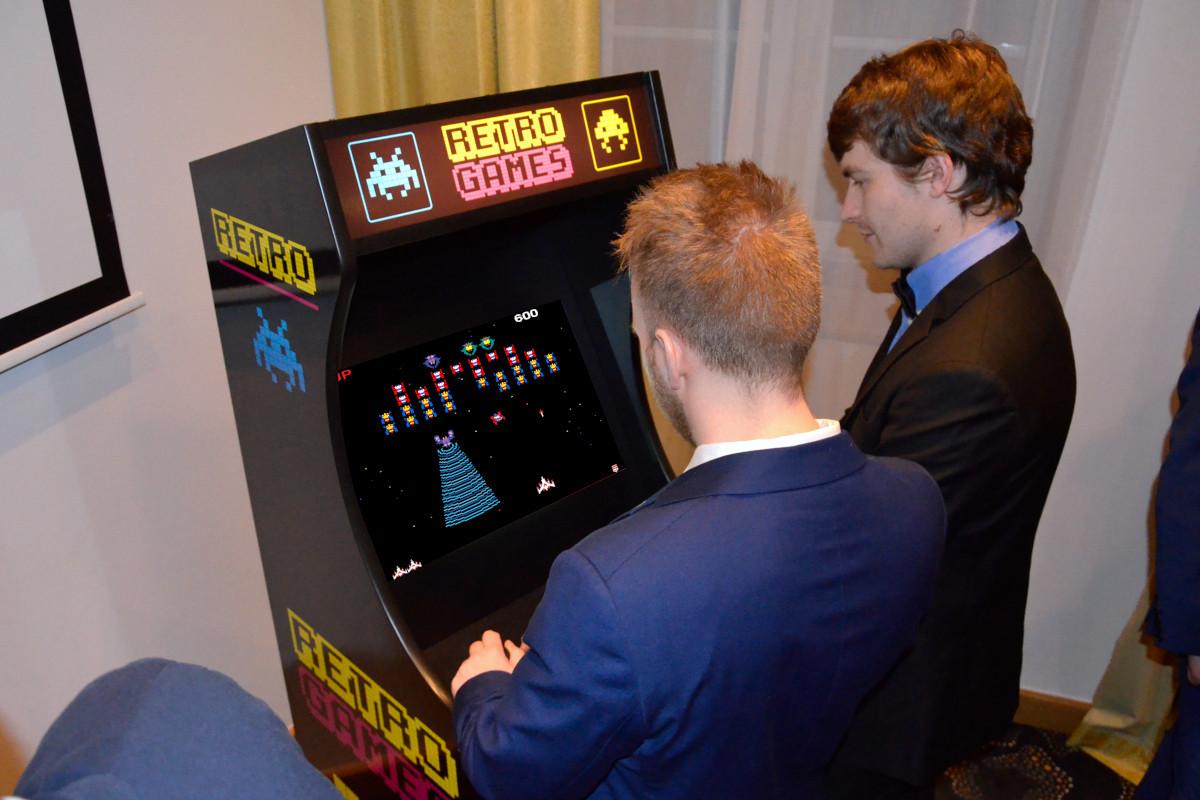 Automaty Arcade - 2 - symulatory retro cena