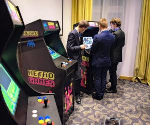 Automaty Arcade Retro - atrakcje na imprezę firmową wrocław