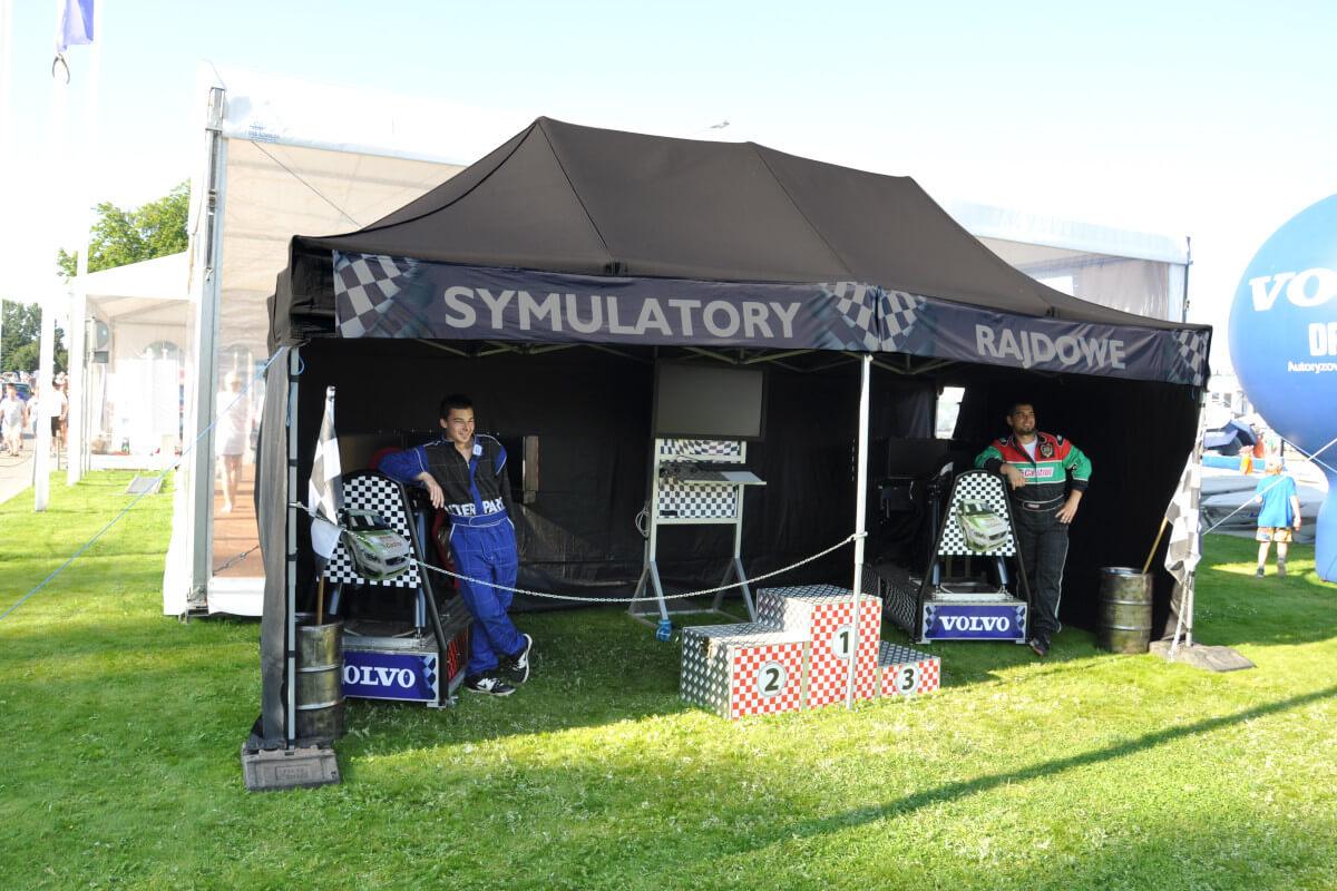 Namiot Express - 4 - symulatory na event plenerowy