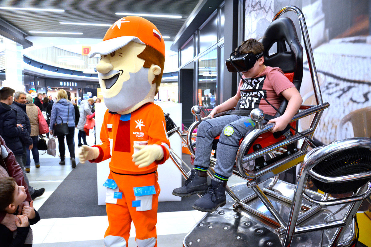 Roller coaster VR 9D - 04 - vr na targi kolejka górska vr
