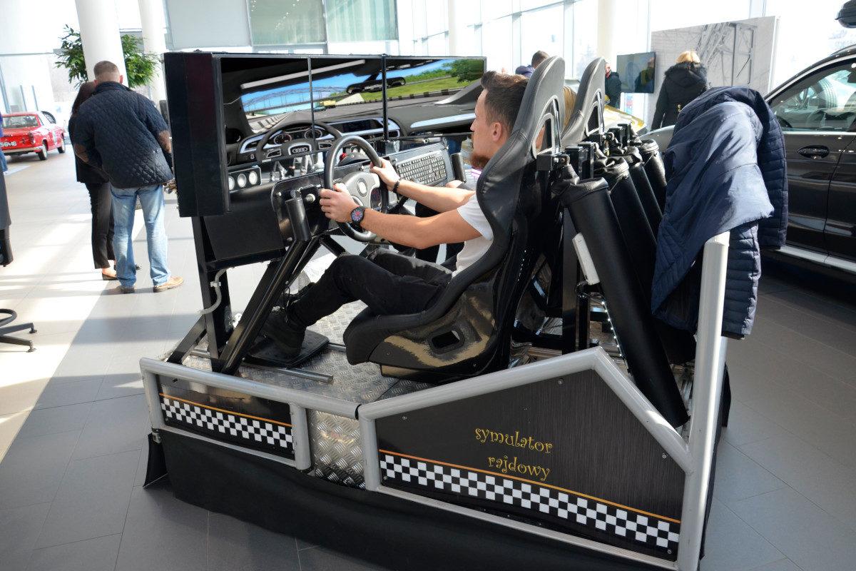 Symulator DAKAR WRC - 1 - symulator rajdowy wynajem na targi