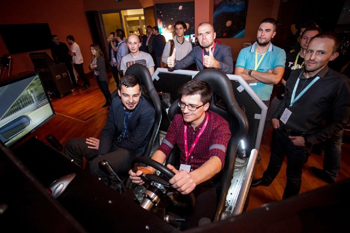 Symulator Jazdy miejskiej PRO - 7 - szkolenie kierowców kurs dni bhp
