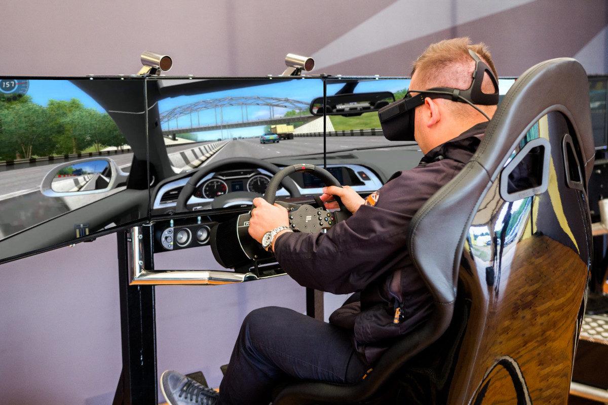 Symulator jazdy VR City - 4 - wynajem ruch uliczny VR