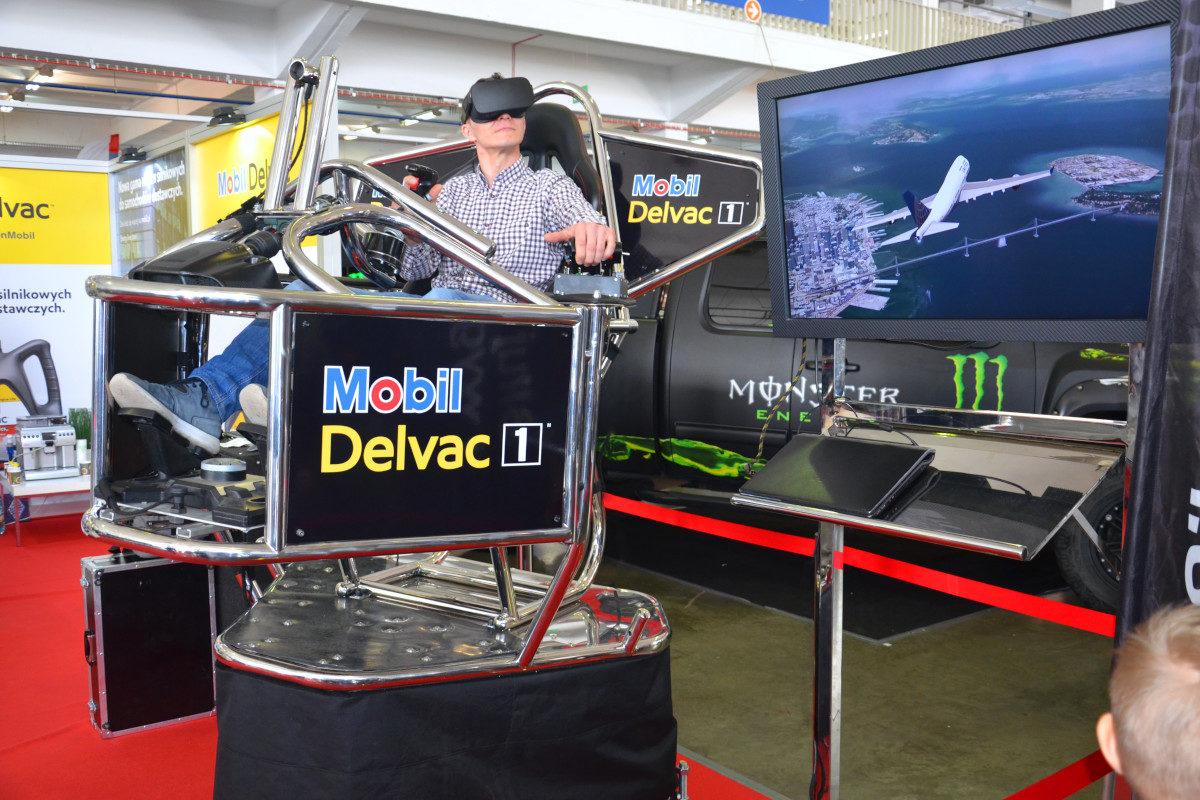 Symulator lotu VR 9D - 10 - symulator awionetki wynajem