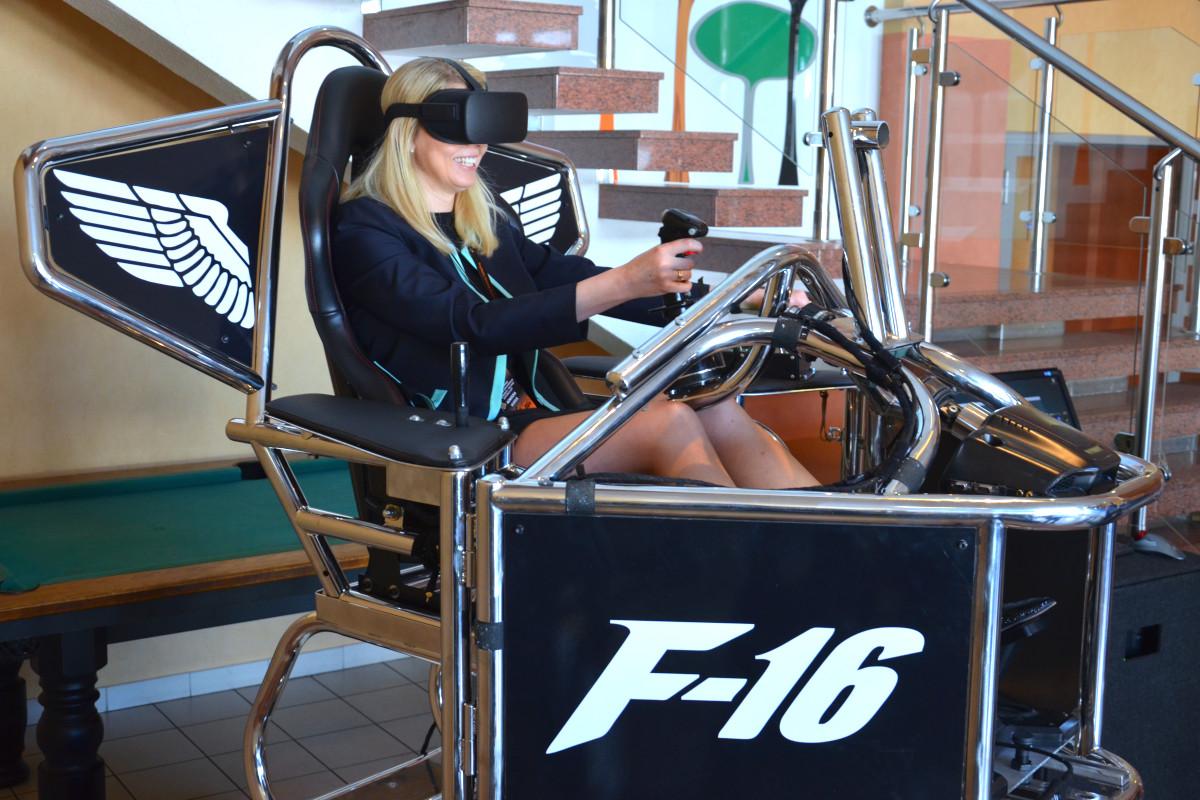 Symulator lotu VR 9D - 5 - urządzenia vr wynajem