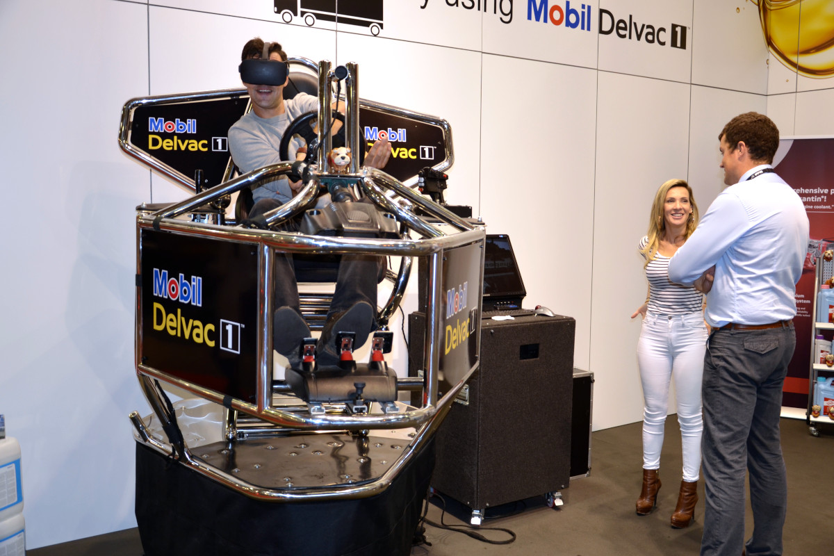 Symulator rajdowy VR 9D - 2 - symulator jazdy wynajem symulator na targi