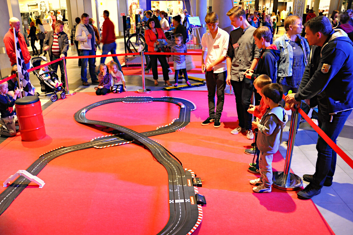 Tory do mini autek Slotcars - 4 - atrakcje dla dzieci na event