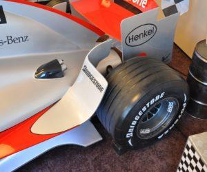 Tylny spojler F1 - bolid