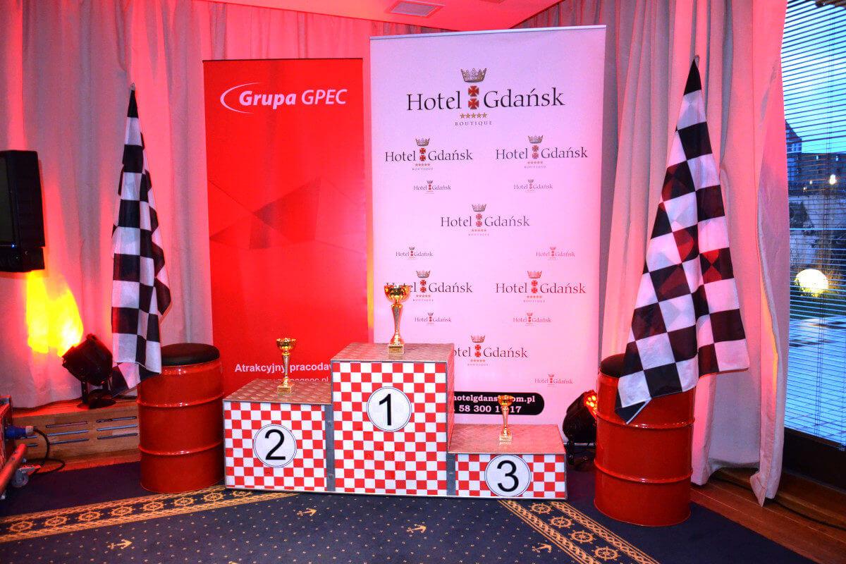 Wystrój Rajdowy - 3 - podium zwycięzcy na konkurs wynajem